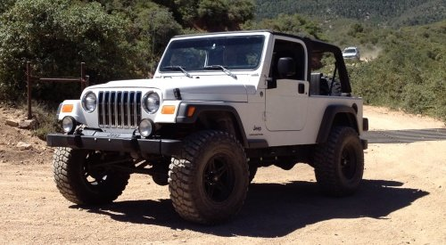 White 2005 LJ on Trail